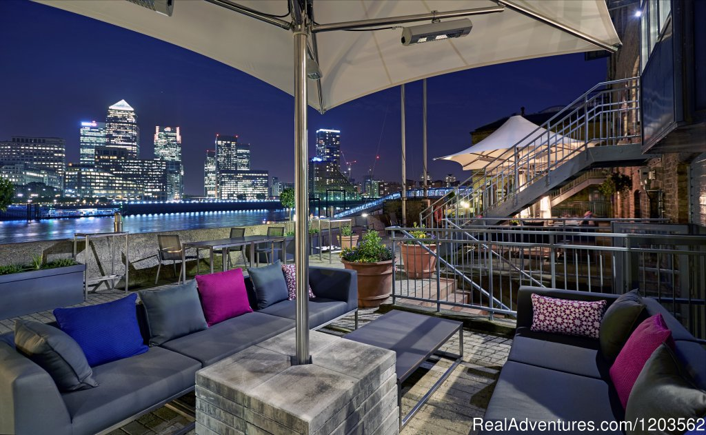Image #1/25 | London, United Kingdom | Hotels & Resorts | DoubleTree by Hilton London - Docklands Riverside