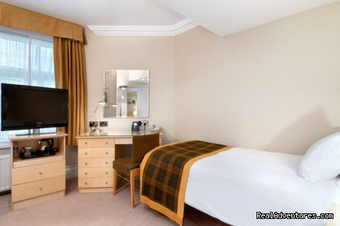 Single Guest Room - Hilton London Hyde Park