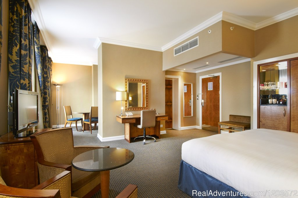 King Junior Suite | Image #12/19 | Hilton London Paddington