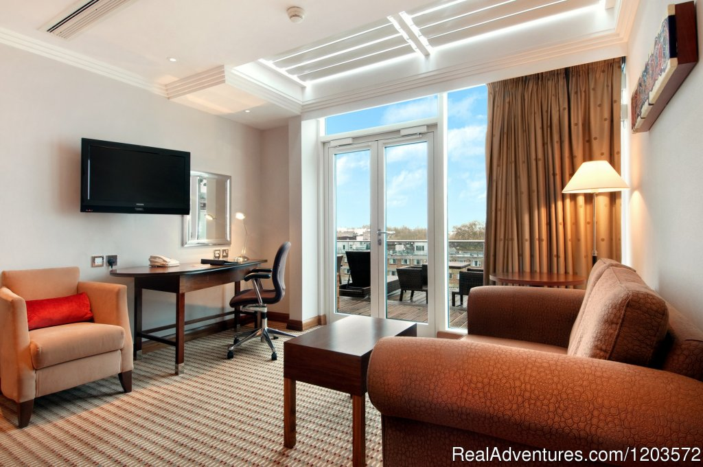 Hilton Queen Suite | Image #10/19 | Hilton London Paddington