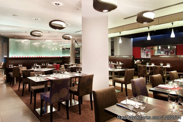 The Larder Restaurant - Hilton London Tower Bridge