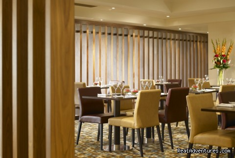 - Renaissance London Heathrow Hotel