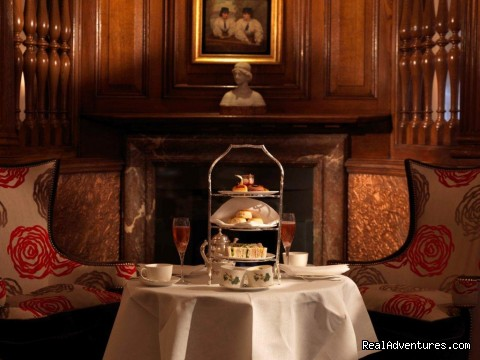 Brown's Hotel: The English Tea Room
