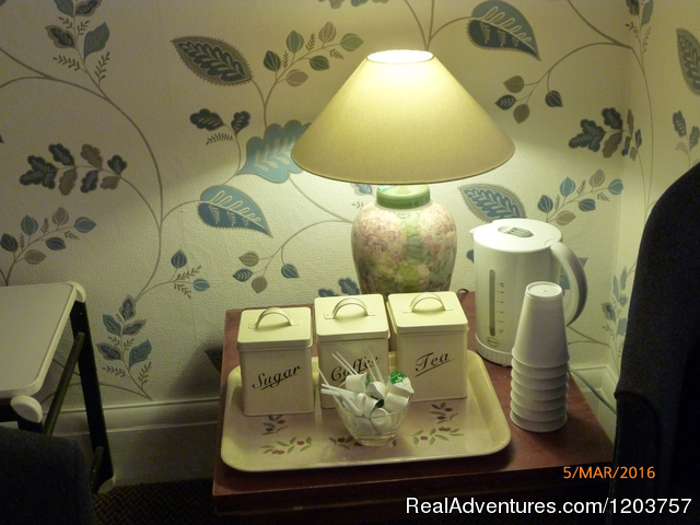 Complimentary tea/ coffee in the lounge - Grange Lodge Hotel - B&B