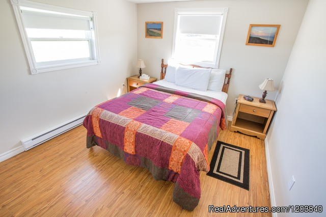 Cottage Couture Bedroom 1 - Canada's Best Value Inn & Suites
