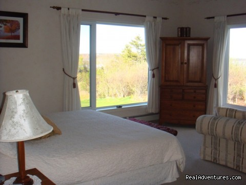 King Suite - Relax at Firedance Country Inn Bed & Breakfast