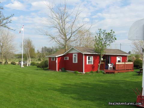 2 Bedroom - Enjoy the Tranquility of Desable Riverview Cottage
