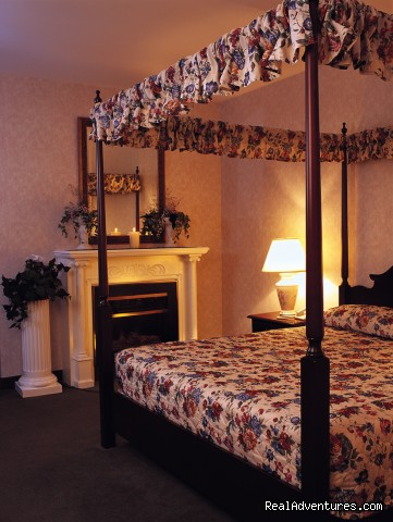 Romantic Hideaway Suite  - Holland Grove House
