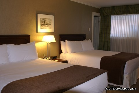 The Hotel On Pownal Traditional Room with Two Double Beds