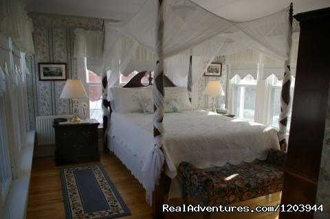 Victoria guestroom - The Dawson House... Truly intriguing