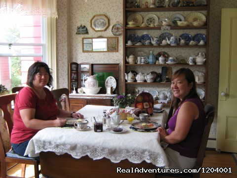 More guests enjoying their visit and breakfast - Mary MacQueen's By-The-Sea B & B.