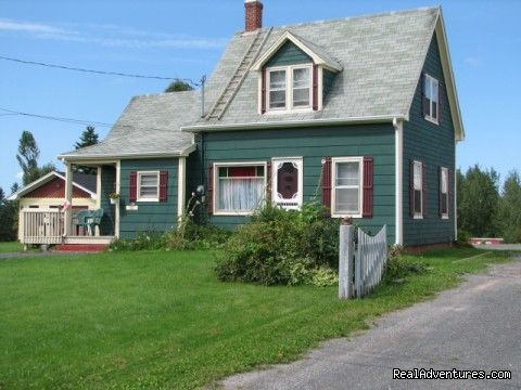 Guest house - Highlyn View Chateau - Clean,comfortable cottages