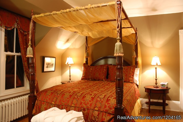 Romantic Weekend Getaways At Heritage Hideaway B&B