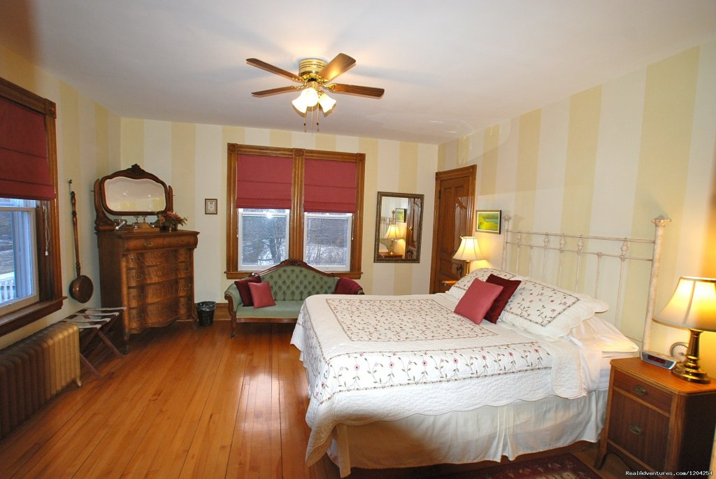 Dragonfly Room | Image #3/18 | Alicion Bed & Breakfast
