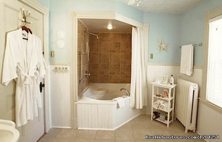 Periwinkle En Suite | Image #8/18 | Alicion Bed & Breakfast