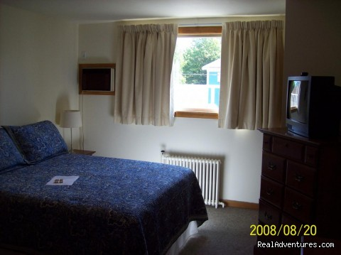room example - The Loyalist Inn Hotel