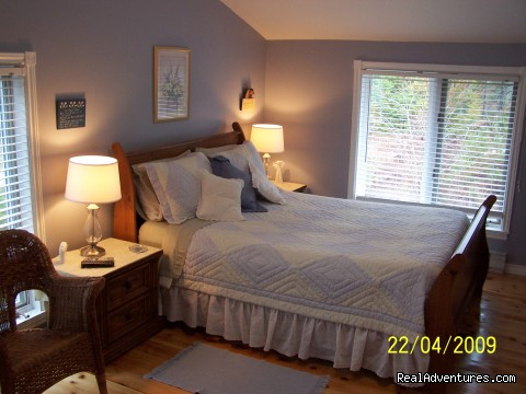 Garden-View Room - Lakefront Peace & Serenity at Tranquil Times B&B