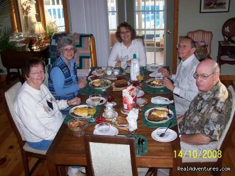 Good Food. Good Company. - Lakefront Peace & Serenity at Tranquil Times B&B