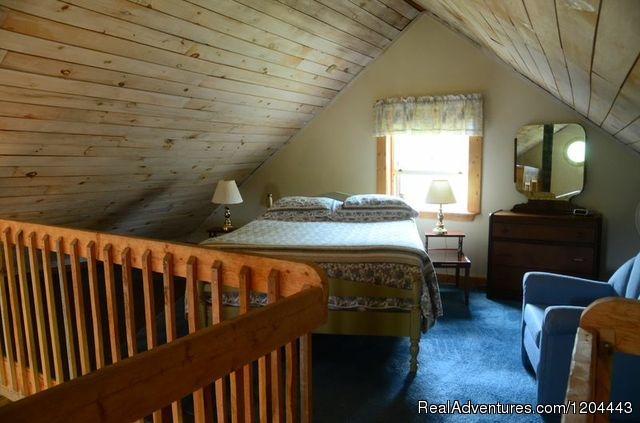 Master Sleeping Loft - Bramble Lane Farm & Cottage