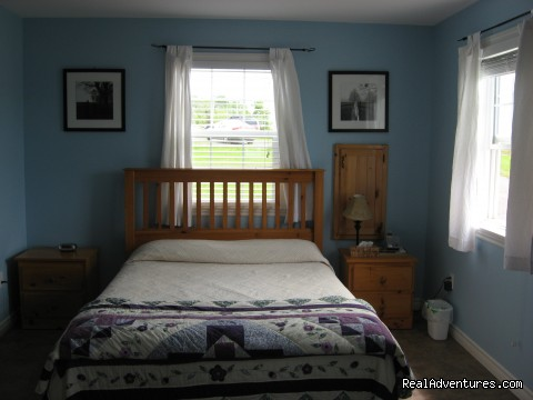 Bedroom # 1 Cottage - Shangri-la Cottages