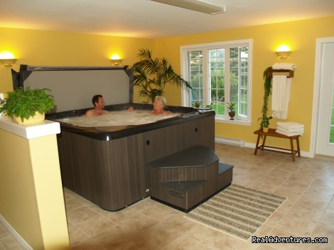 Hot Tub - Baker's Chest Tea Room and Bed & Breakfast