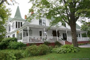 Gillespie House Inn on the Bay of Fundy Parrsboro, Nova Scotia Bed & Breakfasts