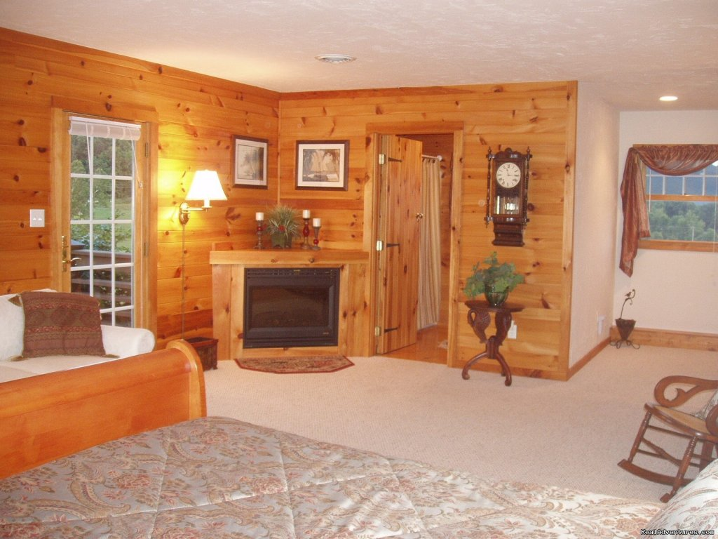 The Cornwall B&B Suite | Image #3/21 | Enjoy the Great Outdoors at Fox Hill B&B Suites
