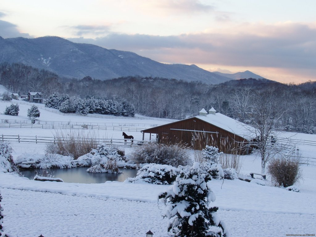 Sunrise on a winter morning | Image #13/21 | Enjoy the Great Outdoors at Fox Hill B&B Suites