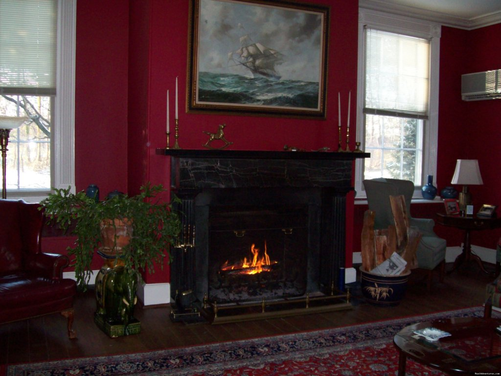 Plantation accomodations and amenities a short distance from Colonial Williamsburg.