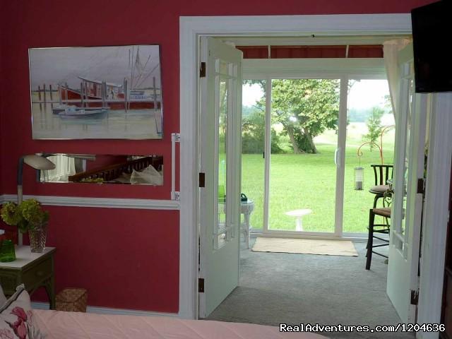 Sunroom Suite, ground floor, king bed (#2 of 13) - Heaven Scent Bed & Breakfast