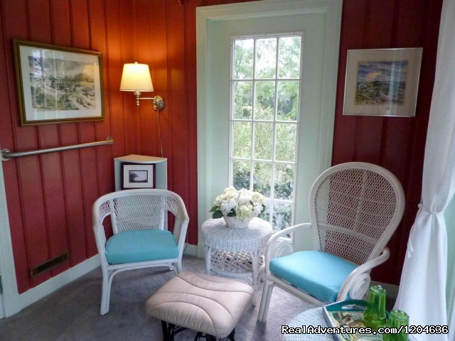 Sunroom Suite - Heaven Scent Bed & Breakfast
