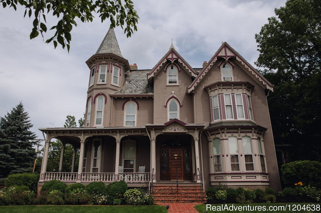 An elegantly restored Victorian home, Joshua Wilton House occupies a corner of the Historic Old Town district located in Downtown Harrisonburg, Virginia and is a Fine Dining Restaurant and Inn destination.
