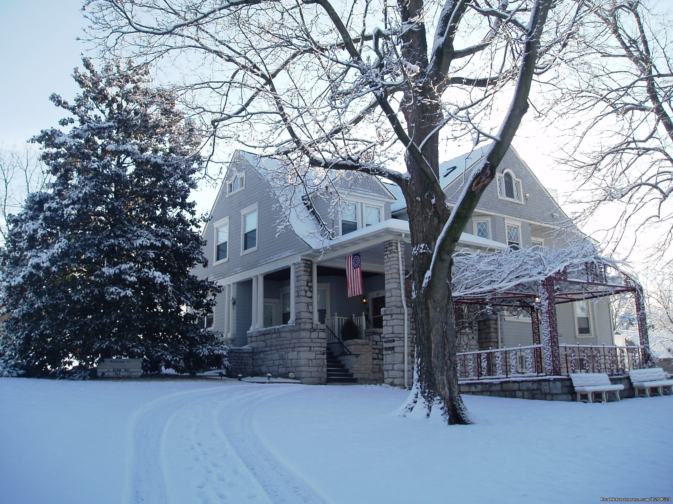 Winter @ Stonewall Jackson | Image #6/15 | Stonewall Jackson Inn Bed & Breakfast
