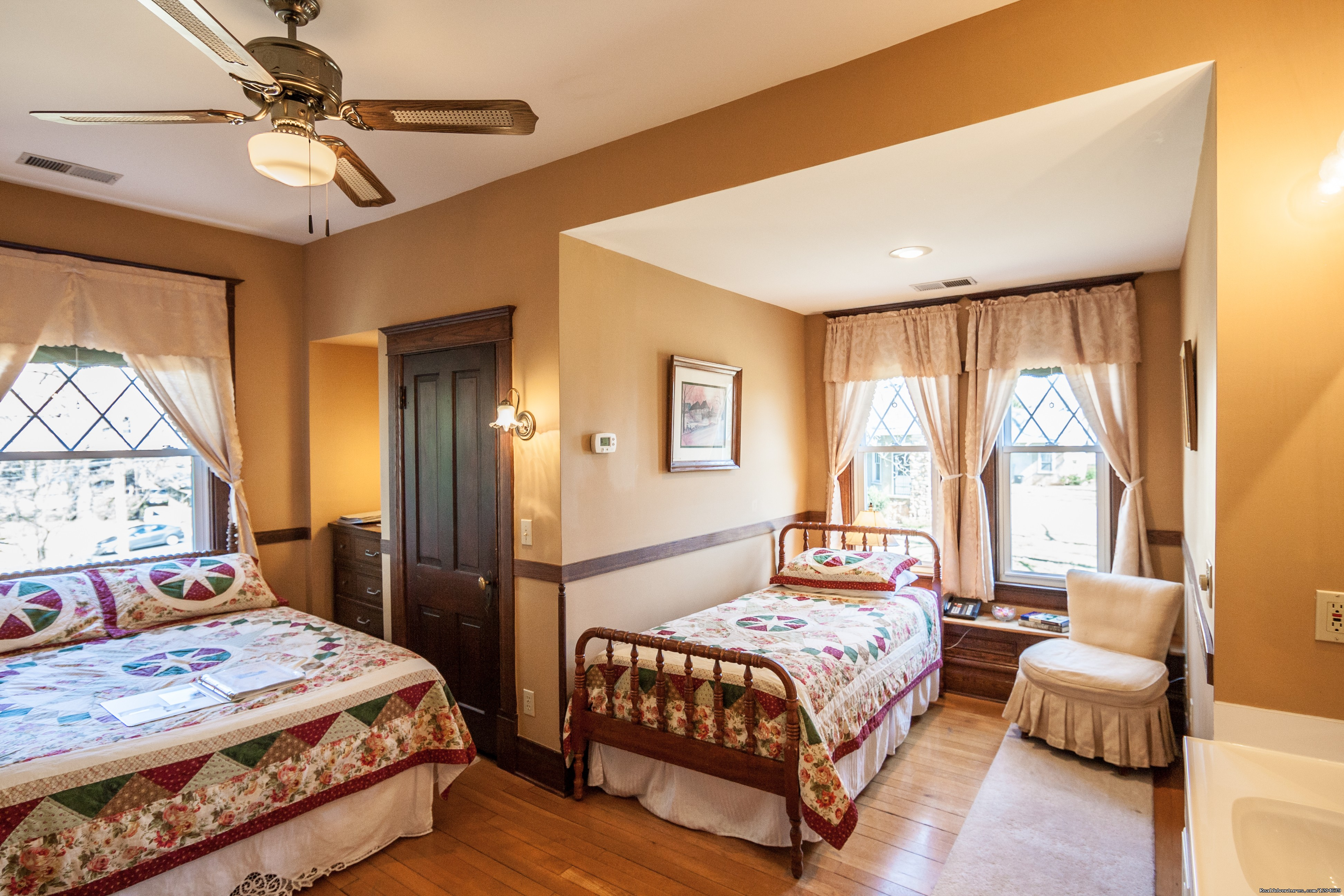William Sherman Room | Image #7/15 | Stonewall Jackson Inn Bed & Breakfast