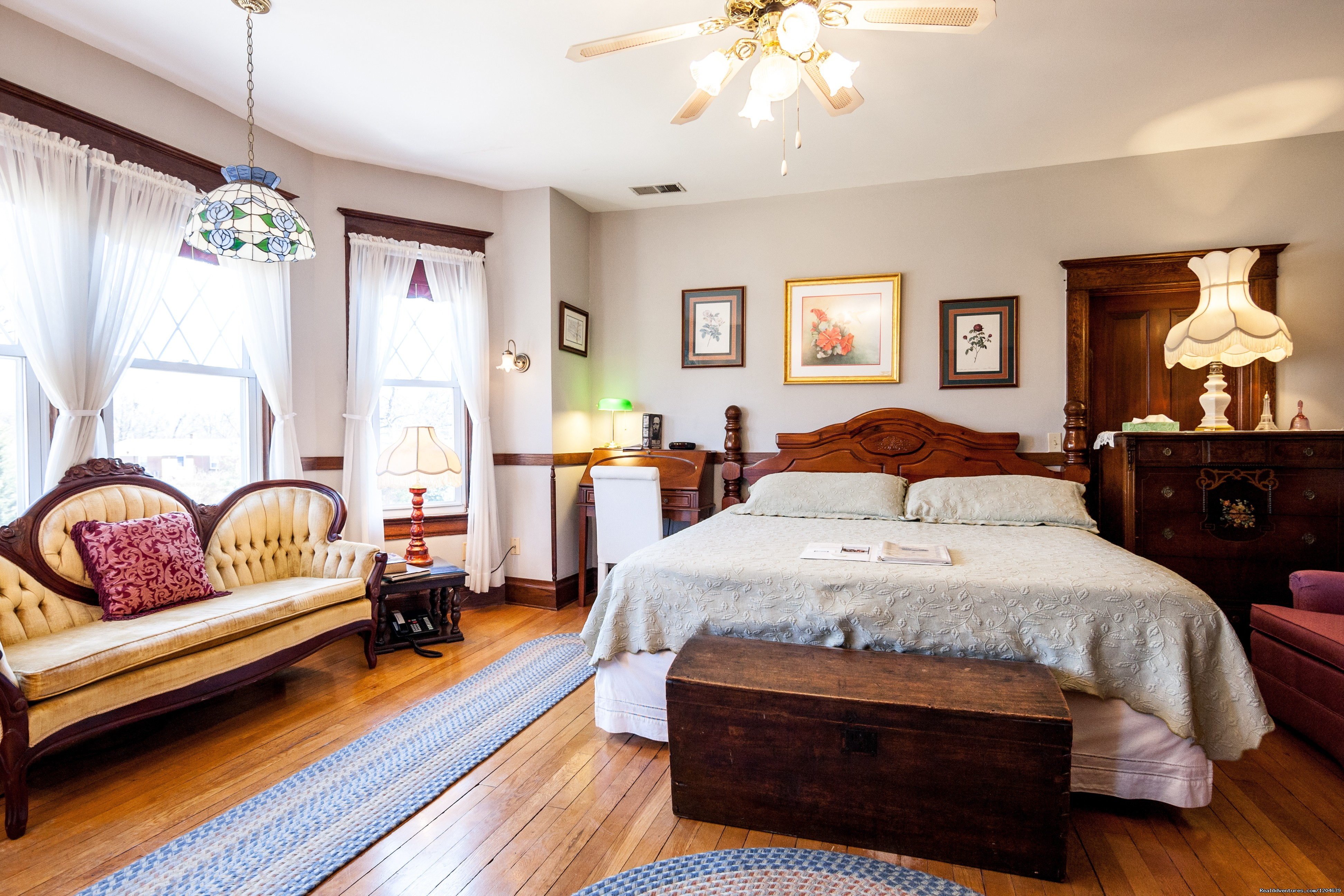 Stonewall Jackson Suite | Image #11/15 | Stonewall Jackson Inn Bed & Breakfast
