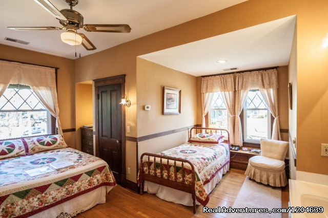 William Sherman Room - Stonewall Jackson Inn Bed & Breakfast