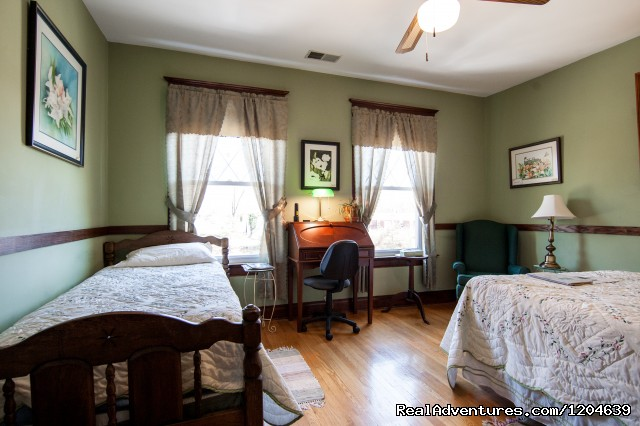 Turner Ashby Room (#8 of 15) - Stonewall Jackson Inn Bed & Breakfast