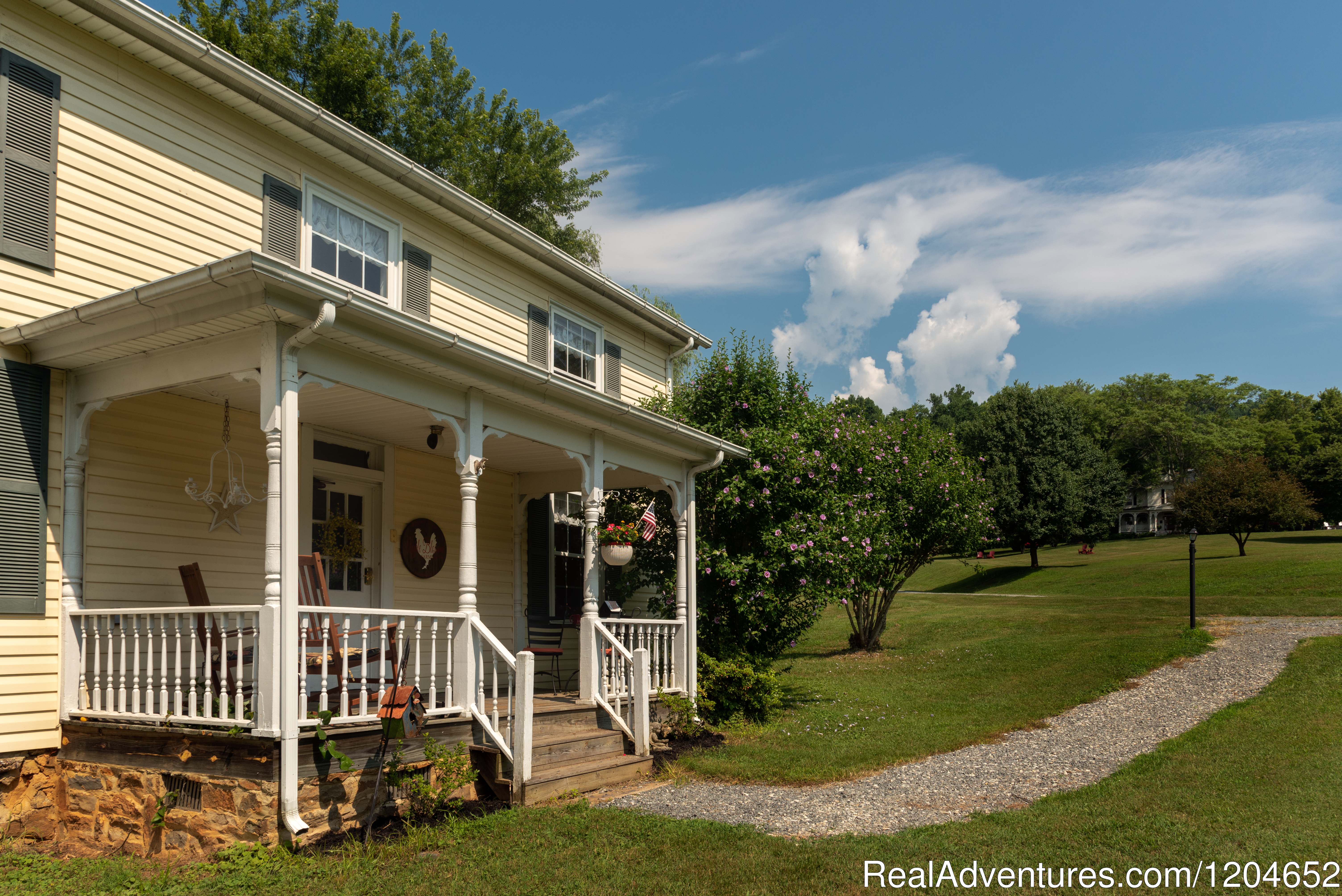 Orchard House Bed and Breakfast Farmhouse