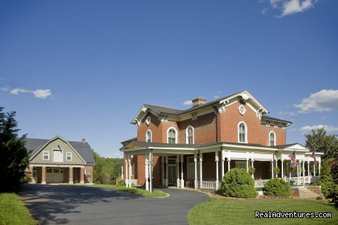 Carriage House Inn Bed and Breakfast Lynchburg, Virginia Bed & Breakfasts