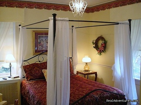 The Pearl Buck Room - The Residence Bed & Breakfast