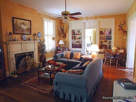 Den (#9 of 10) - The Residence Bed & Breakfast