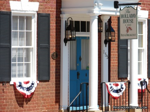 Holladay House B&B, Front Porch - Wine and History Escapes at a Virginia B & B