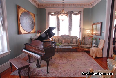 The Music Room - Grace Manor Inn