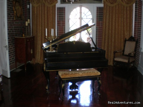 Piano in Rockefeller Room - Historic Mankin Mansion