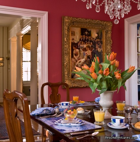 William Miller House: Enjoy Breakfast in the dining room