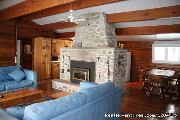 Heron Shoal Cottage is an oceanfront vacation cottage rental secluded on 2½ acres of Nova Scotia's scenic north coast. The location on the Malagash Peninsula is a