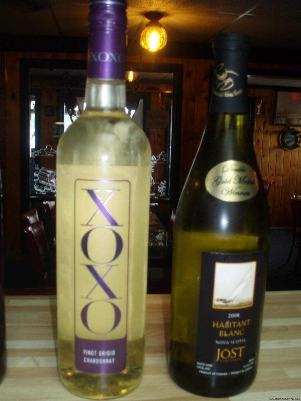White Wines | Image #12/15 | Cove Motel & Mariner Dining Room