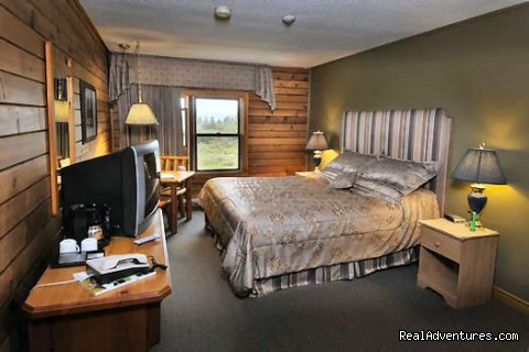 Cedar Lined Rooms - Bras d'Or Lakes Inn