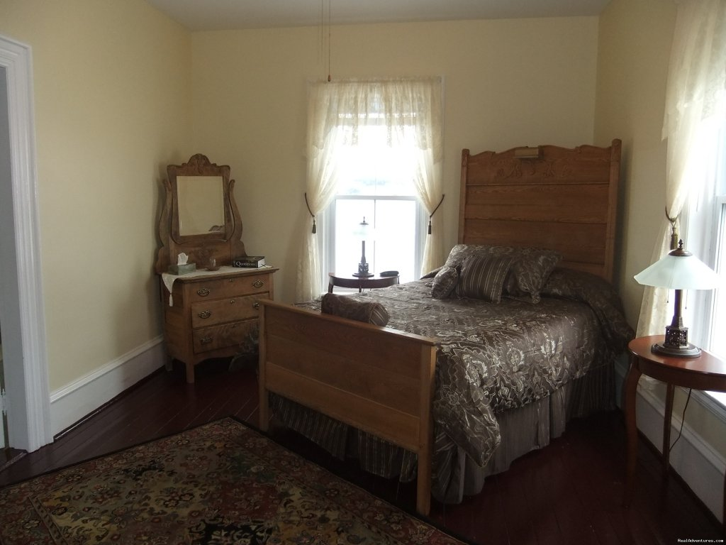 Bell Room | Image #3/8 | Old Grand Narrows Hotel B&B