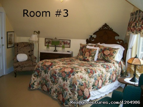 Romantic get-away or Family Room? - Chambers' Guest House B&B